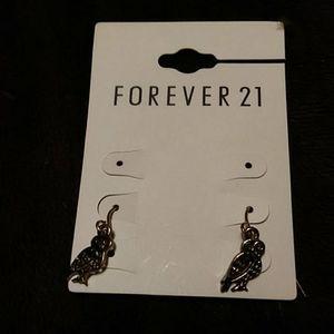 Forever 21 tiny owl earrings